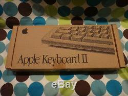 Apple Keyboard II ADB New Factory Box Vintage Rare Mac M0487LL/A M0487