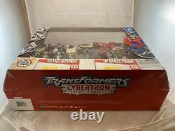 Costco Exclusive Cybertron Prime and Ultra Magnus 2-pack Mint In Box Very Rare