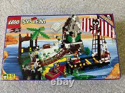 LEGO 6281 Pirates Perilous Pitfall Rare NEW
