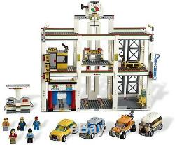 New Rare First Edition Lego City Garage 4207 Retired 2012 Discontinued Set