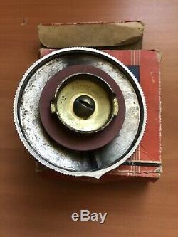 1932 Ford Nos B-8100-a Bouchon De Radiateur Dans L'original Ford Box Rare! V8