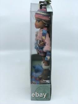 Bratz Campfire Yasmin Doll Nouveau Dans La Boîte Rare Htf Toy Mga 2005