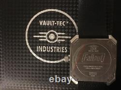 Fallout Vault-tec Single Rotation Watch 73/1500 Mstr Regarder Nouveau Dans La Boîte Rare