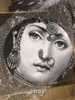 Fornasetti Wall Plate Authentique Italie Nouveaut En Box Rare Collectible Vente 1 Gauche