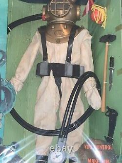 Gi Joe 1965 #7620 Navy Deep Sea Diver Window Box Super Rare