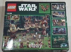 Lego Star Wars 10236 Ewok Village Retraité Et Article Rare Le Meilleur Prix Raisonnable