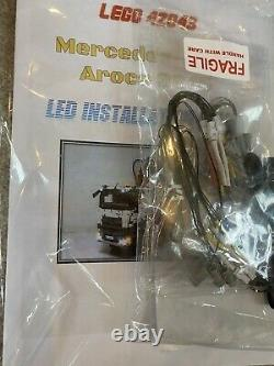 Lego Technic Mercedes-benz Arocs (42043) + Leight Kit Rare Retired Set Bnib