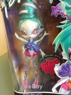 Novi Etoiles Frostina Sprinkles Doll Rare Bnib Nrfb Boxed Glitter