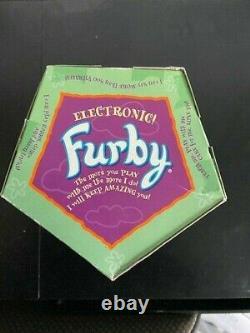 Rare Kids Cuisine Furby. Boîte Scellée Originale. N'a Jamais Été Ouvert