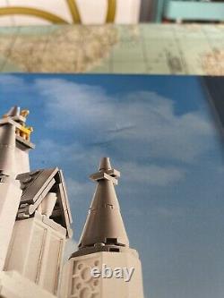 Rare Lego Creator London Tower Bridge 10214 / Seled 2010 Dommages De Boîte Mais Nouveaux