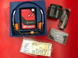 Rayons! Sony Wm-2 Rouge Nouveau Dans La Boîte