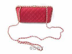 Satin Rouge Chanel Matelassée Boîte D'or Chaîne D'épaule D'embrayage Sac À Bandoulière New Rare